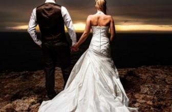 Stel maakt na 70 jaar opnieuw trouwfoto's
